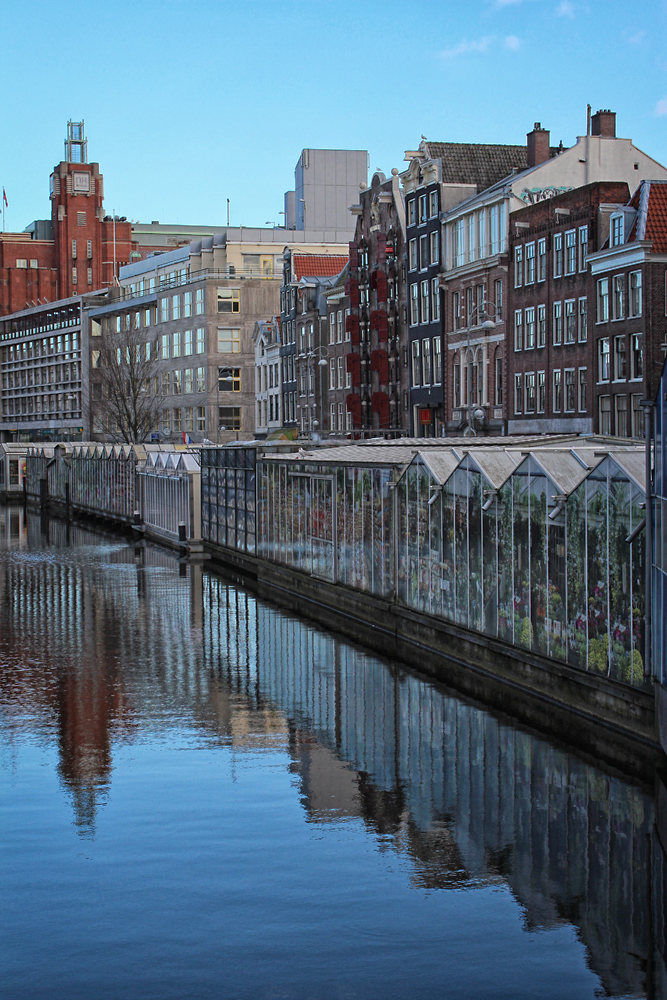 Along the Singel. Image Credit: Travel Photographers Magazine