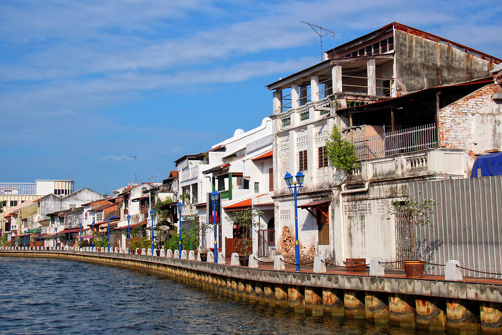 The Malacca River bisects the city. Image Credit: Travel Photographers Magazine